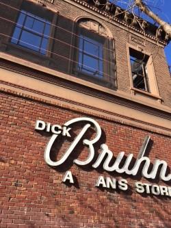 Dick Bruhn.jpg