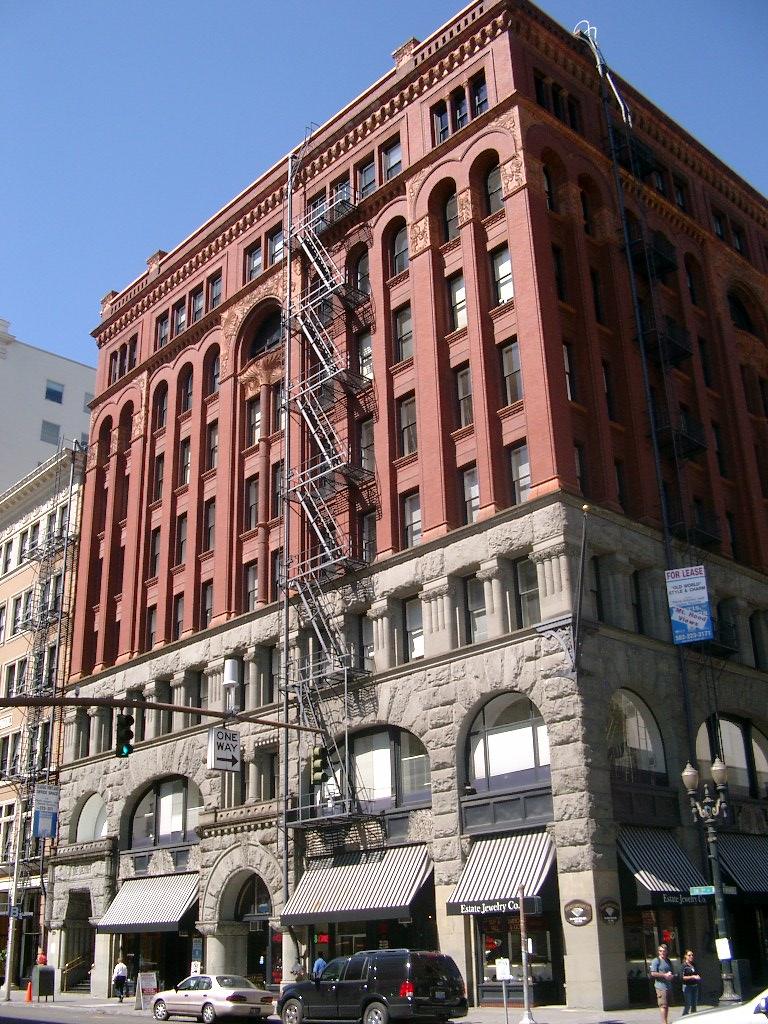 Dekum_Building_-_Portland_Oregon.jpg